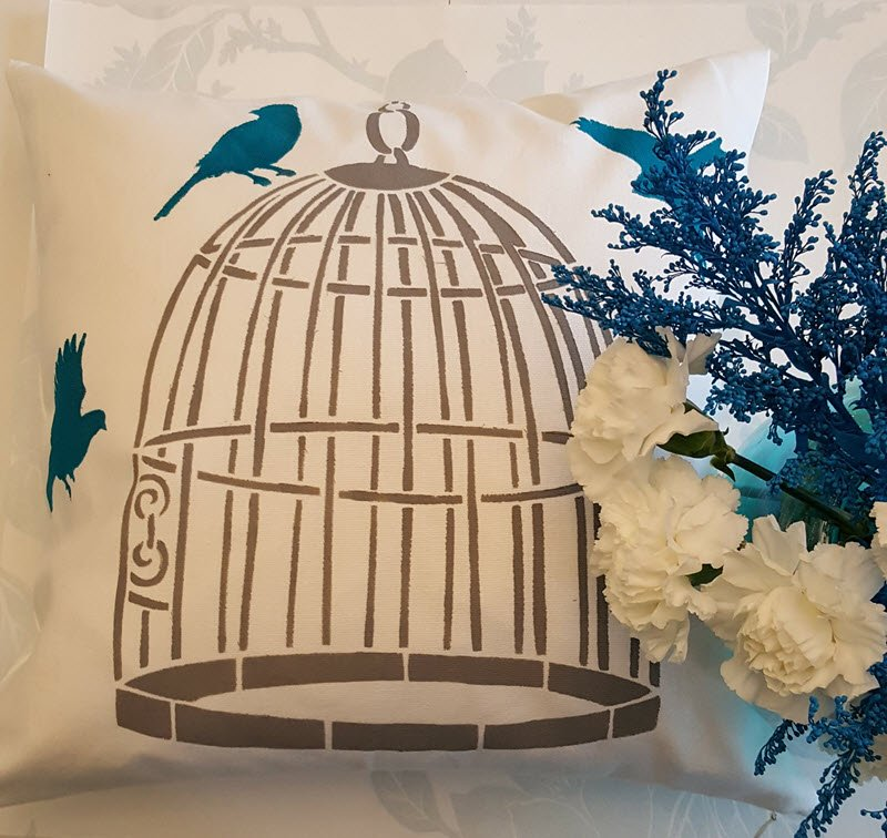 How To Stencil A Pillow To Match Your Home Decor - Housekaboodle