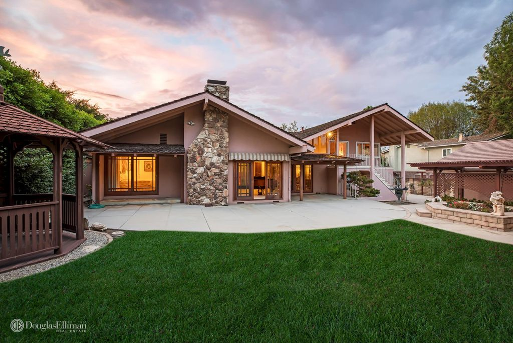 The Brady Bunch House For Sale