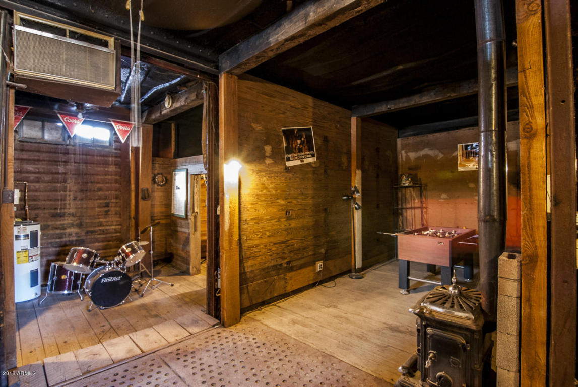 Basement made from buried railroad cars 2