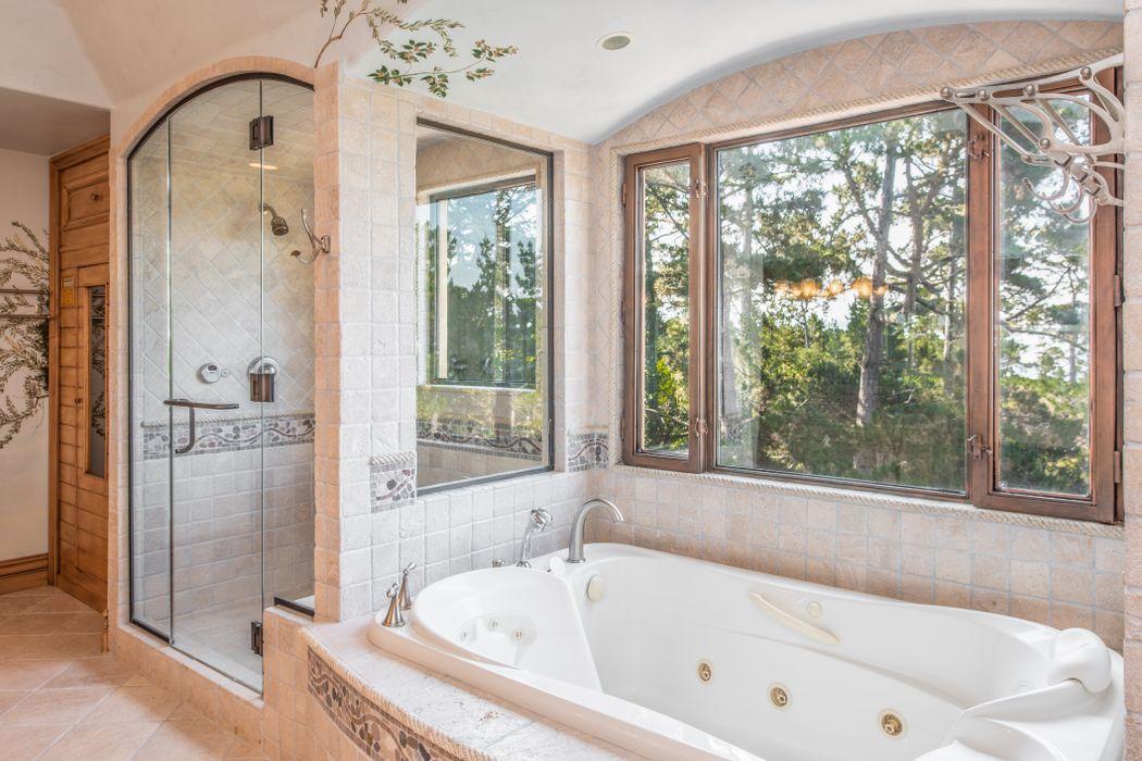 Beach Boys Mike Love Selling Pebble Beach Home - 3108 Flavin Lane Pebble Beach CA - Bathroom tub and shower