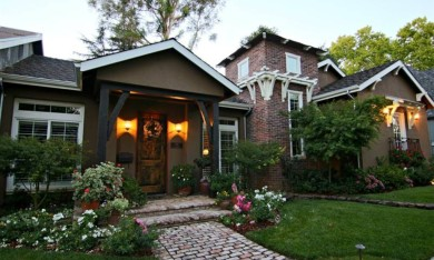 A Darling Sacramento CA Home with Beautiful Patio
