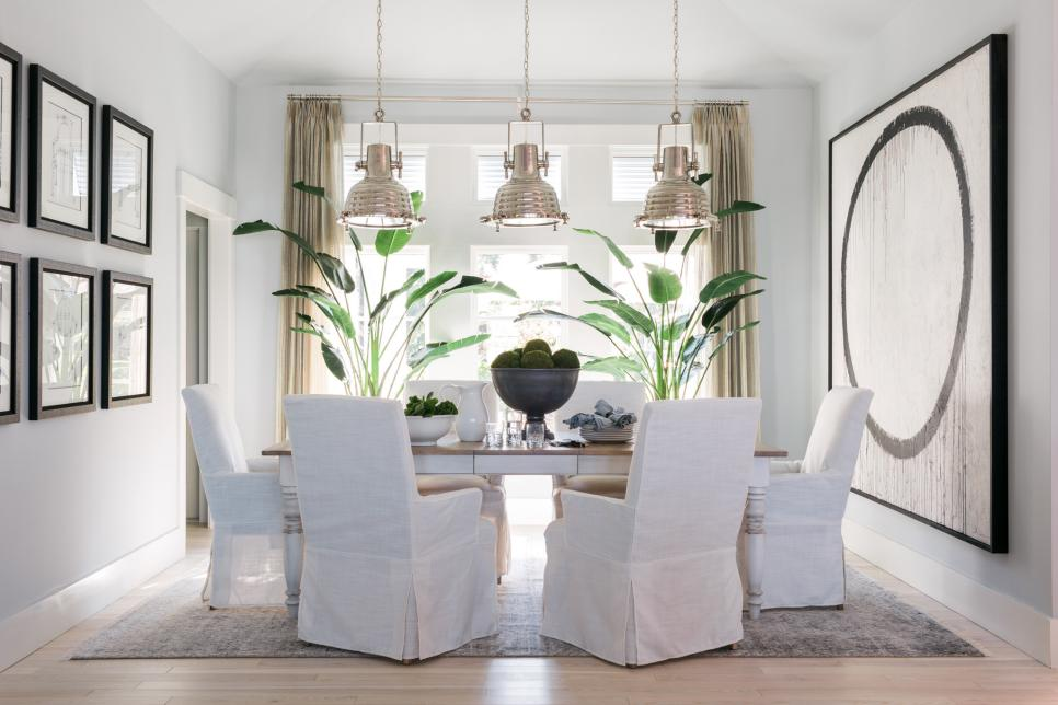 Lively coastal beach house is hgtv dream home 2016 for Pictures of beautiful dining rooms