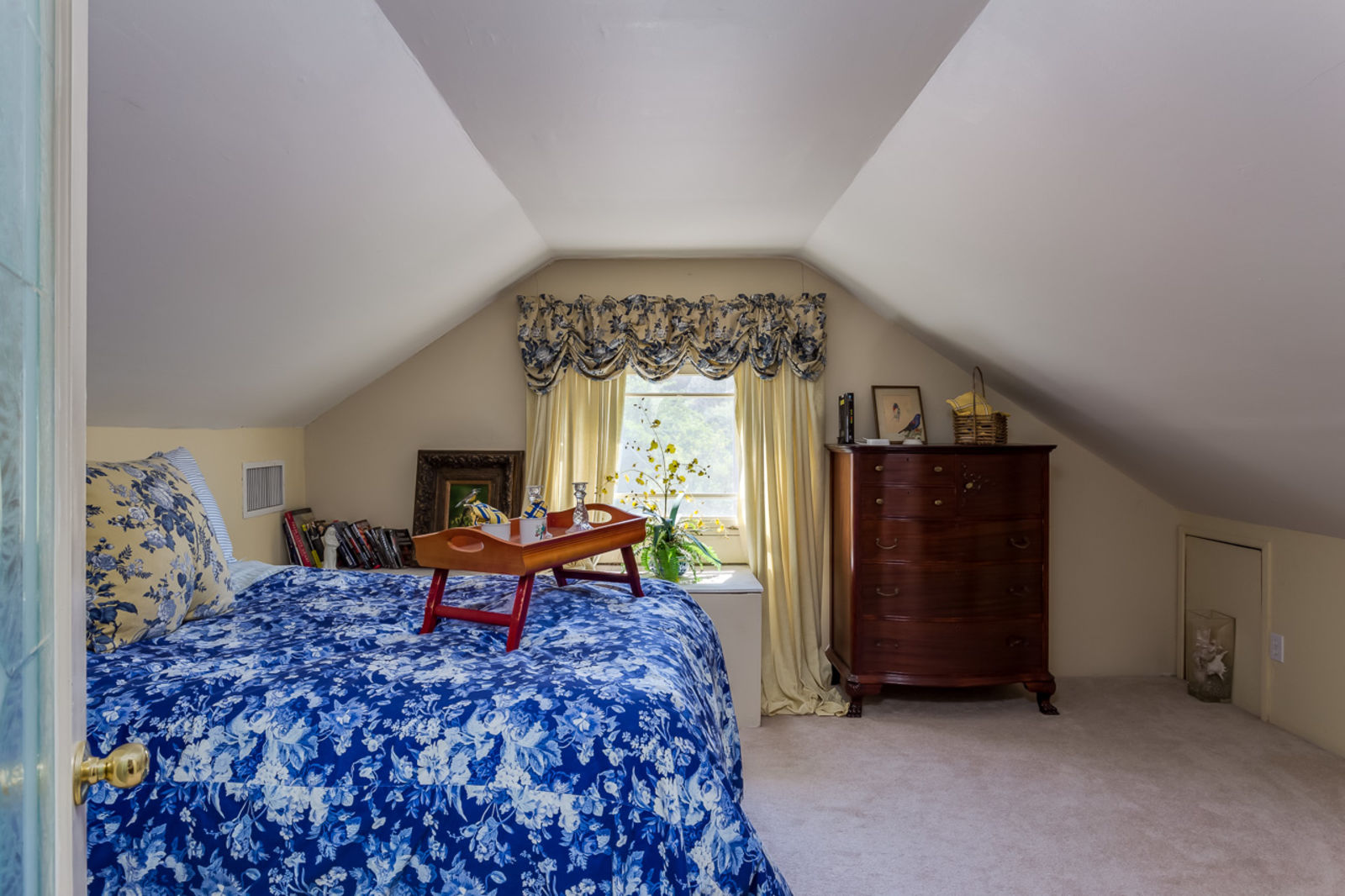 Bedroom with loft Adobe Home for sale in Valley Center CA