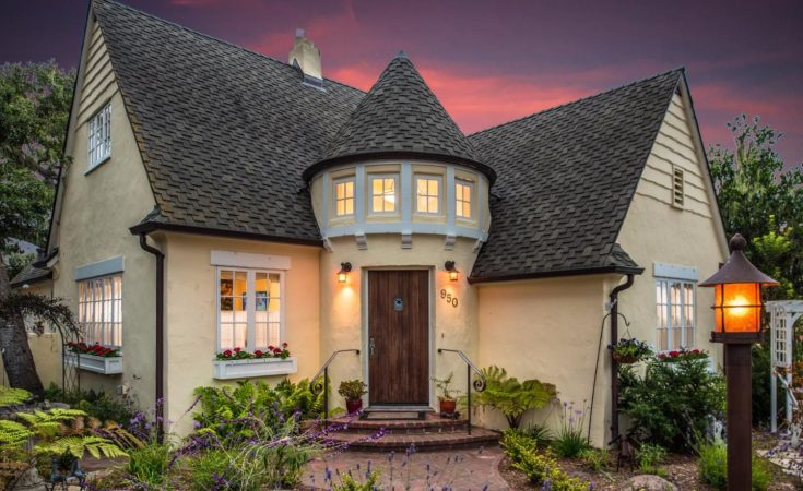 Candy Cane Lane Cottage in CA for sale will melt your heart