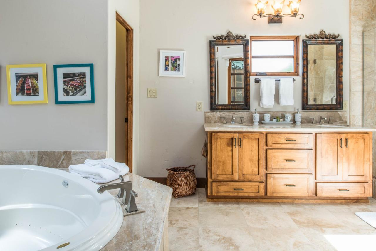 Casa Carmela Cottage in Carmel for sale Double Vanity bath with jetted tub