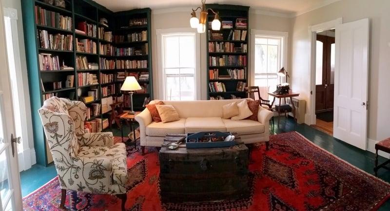Catalpa - Historic home Library
