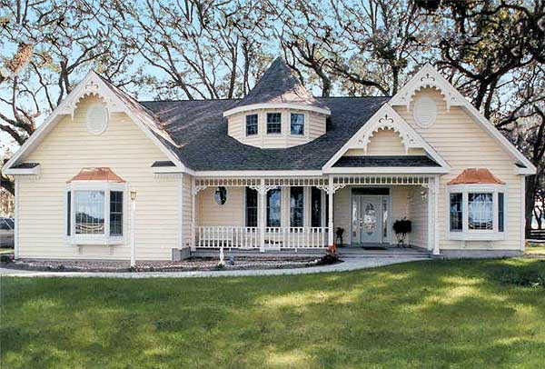 11 cottage house plans to love housekaboodle for Historic farmhouse floor plans