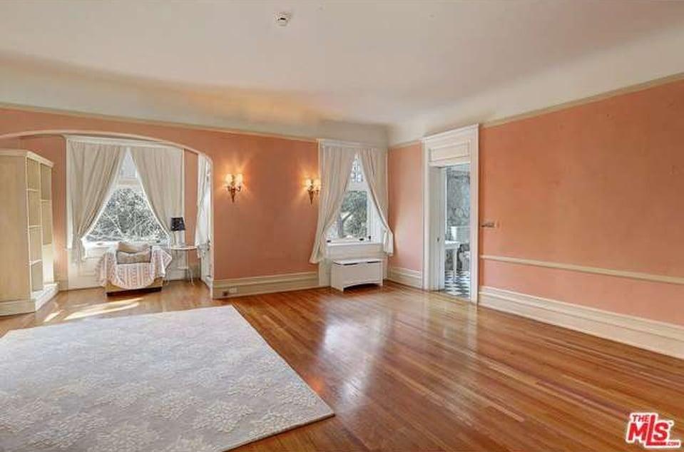 Cheaper By The Dozen house for sale 357 Lorraine Blvd Los Angeles, CA