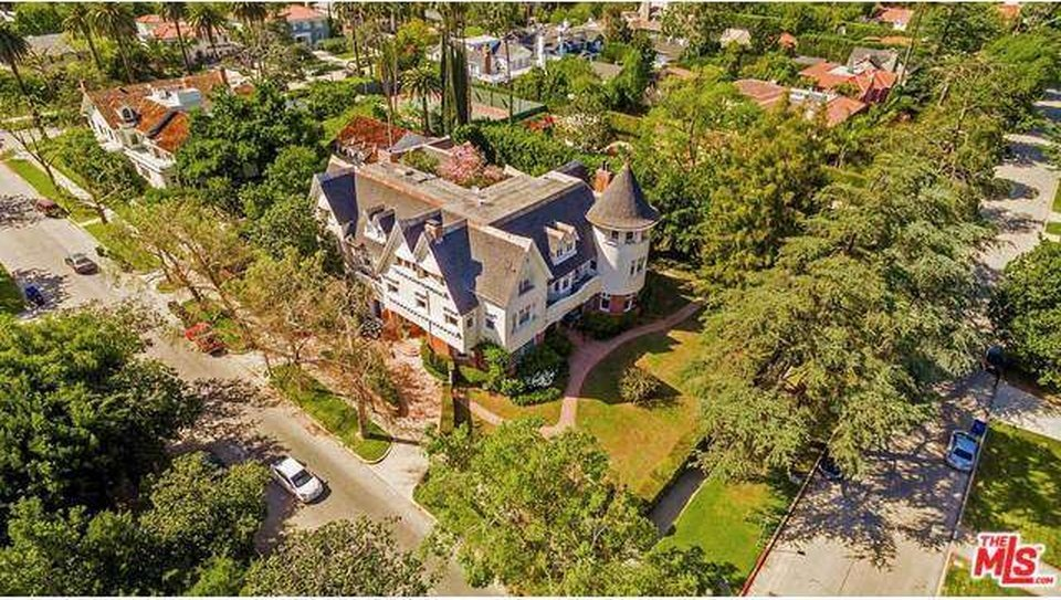 Cheaper By The Dozen house for sale stunning ariel views