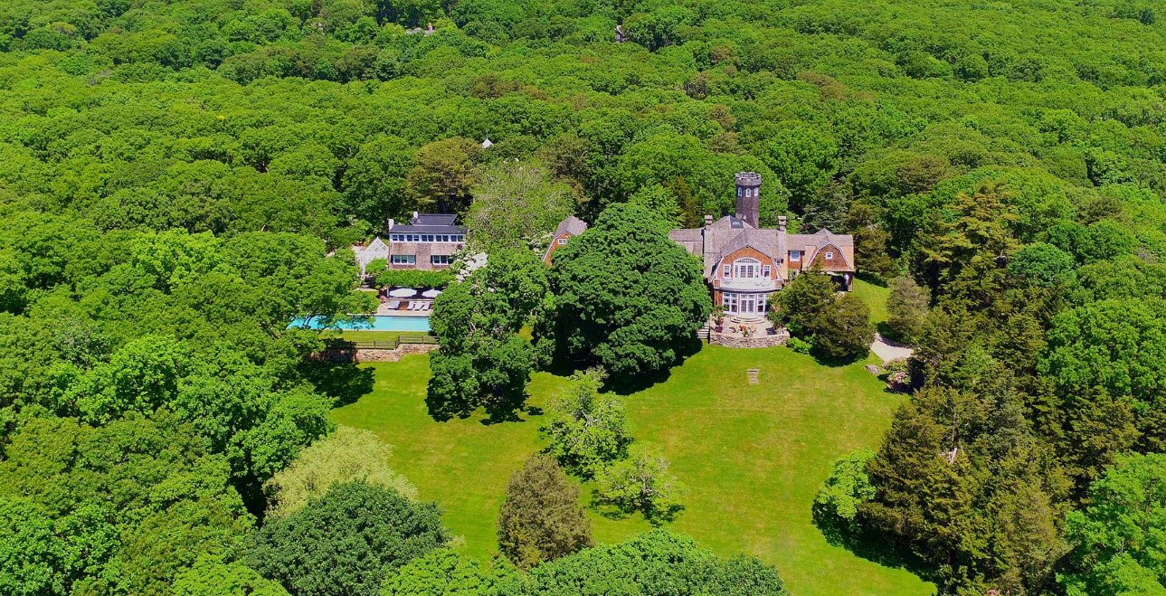 Christie Brinkley Hampton Tower Hill Home on the market