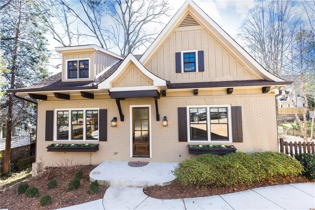 Darling craftsman home for sale in atlanta ga for Atlanta craftsman homes