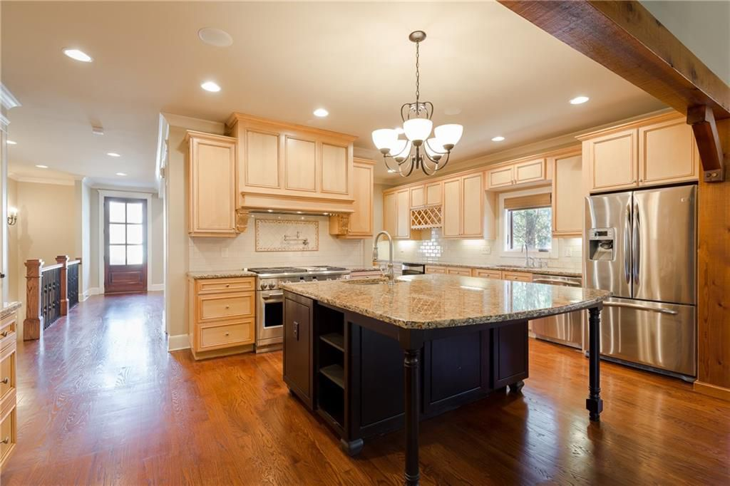 Darling Craftsman Home For Sale in Atlanta - Kitchen