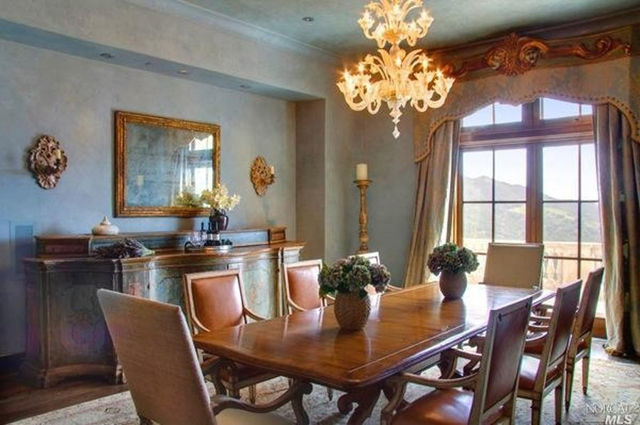 Dining Room Robin Williams Napa Valley Villa for sale
