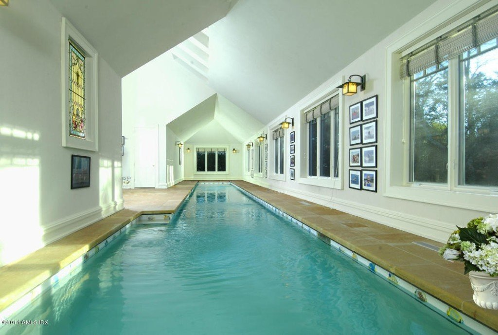 Donald Trump house lap pool - via zillow blog