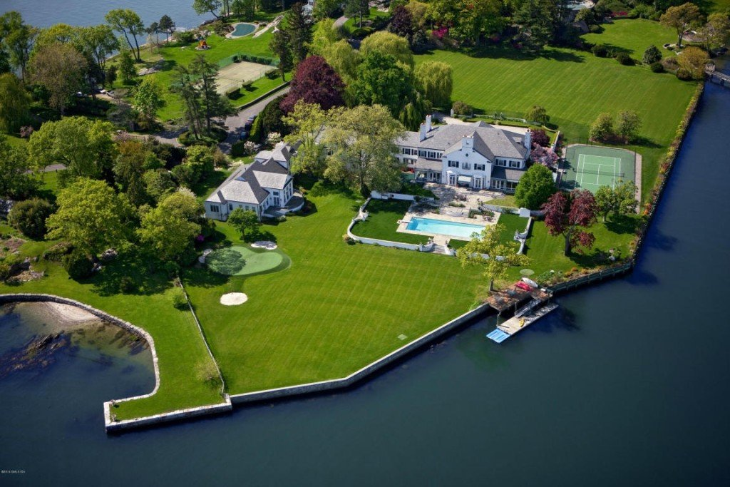 Donald Trumps House is One of the Best in the Country