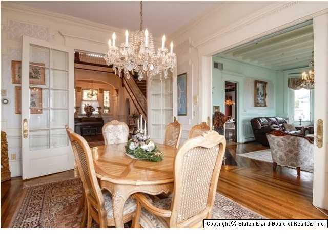 Elegant Victorian home dining room with crystal chandalier - 269 Howard Ave Staten Island NY for sale