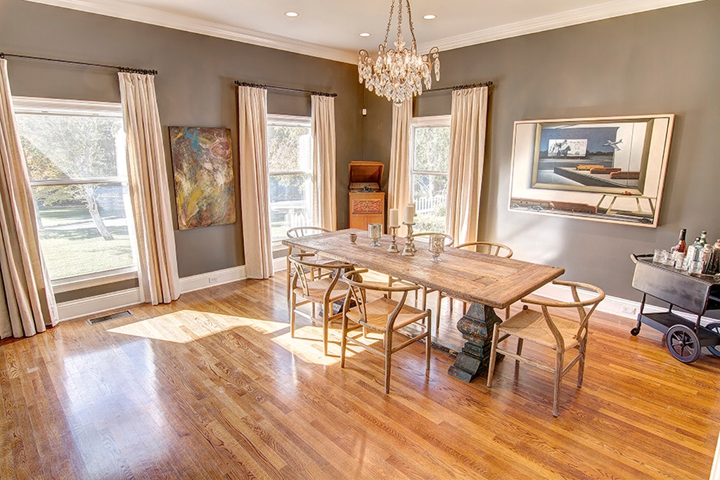 Emily Blunt & John Krasinski Colonial Style Home in Ojai CA for sale
