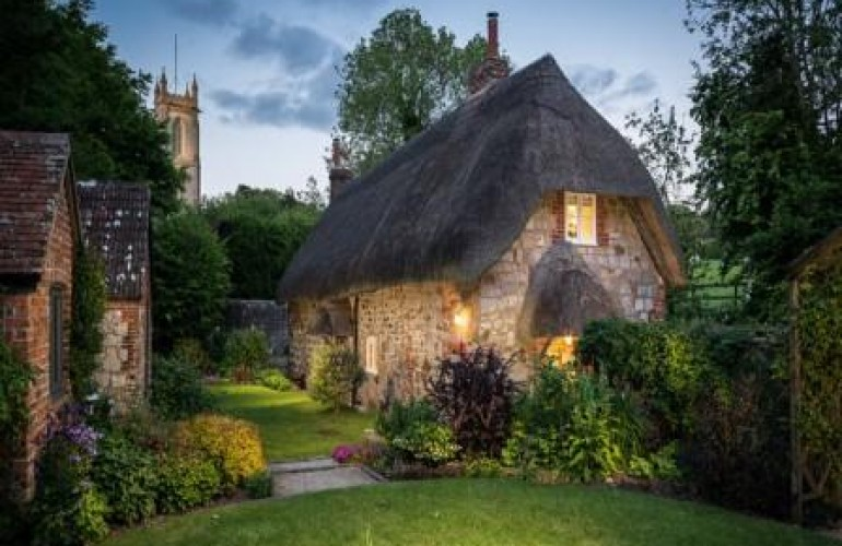 Faerie Door Cottage – A Magical Storybook Home