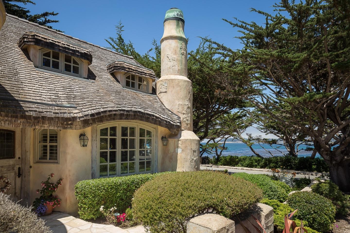 Fairytale storybook cottage in Carmel CA for sale