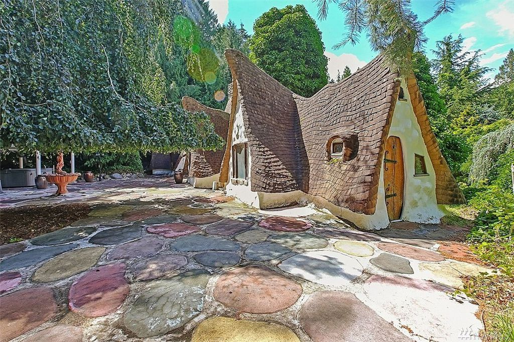 Fairytales do come true - Snow White's Cottage is a real-life storybook home and it's for sale