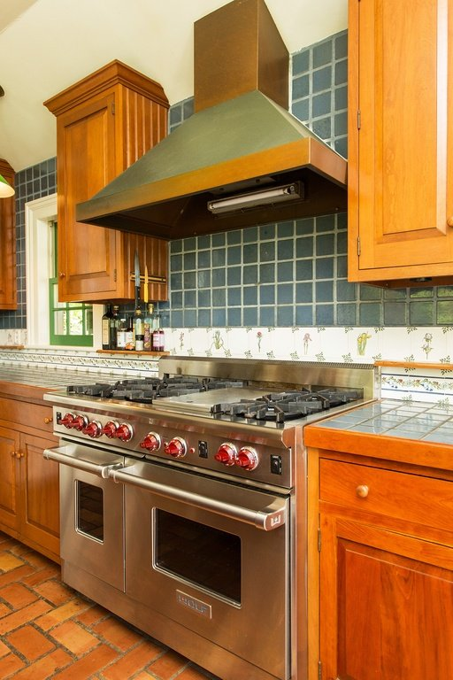 Farmhouse kitchen in Daley Farm for sale 2