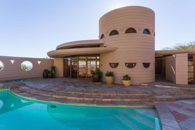 Frank Lloyd Wright house on 36th St in Phoenix AZ is for sale