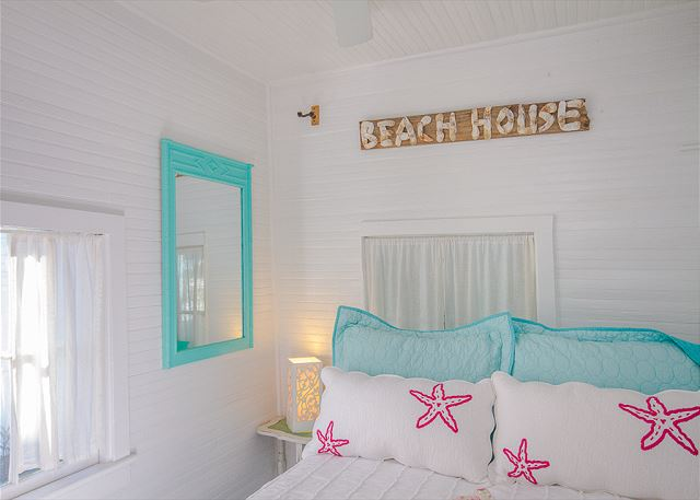 Front bedroom in Mermaid Cottage vacation rental.