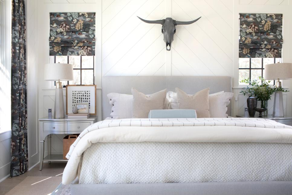 HGTV Smart Home 2018 - Master bedroom