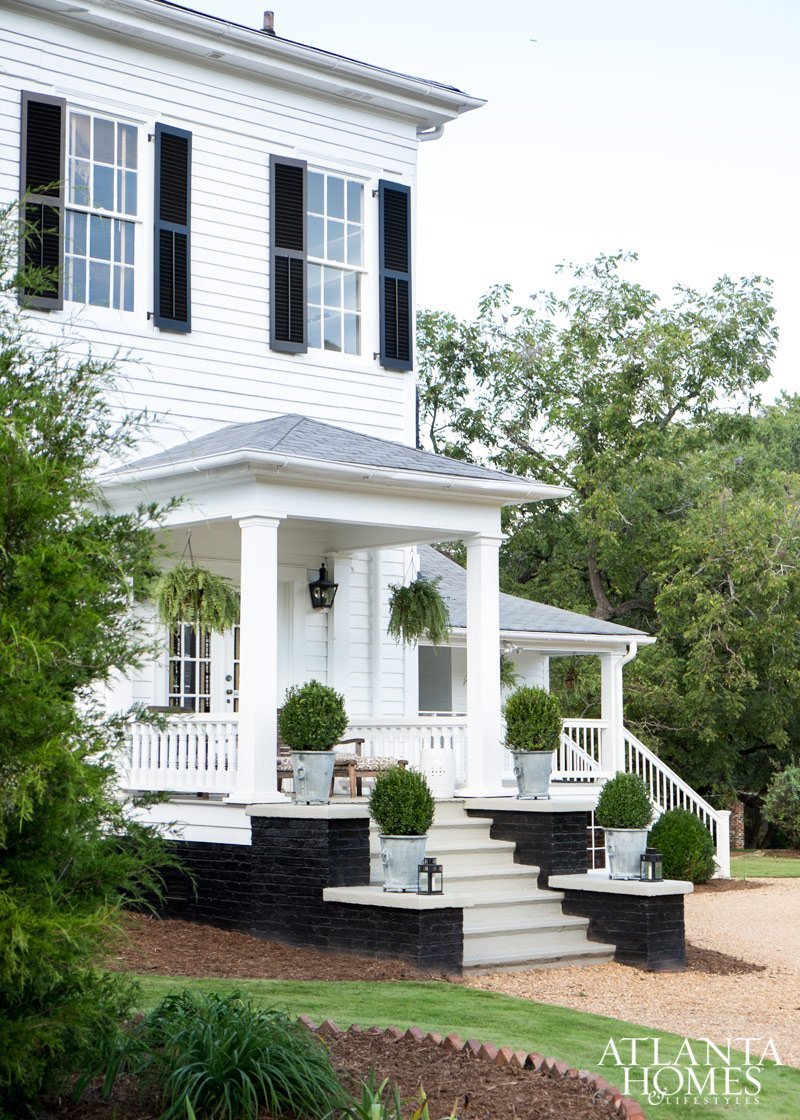 Beautiful Georgia Peach House Renovation by Famous Designer
