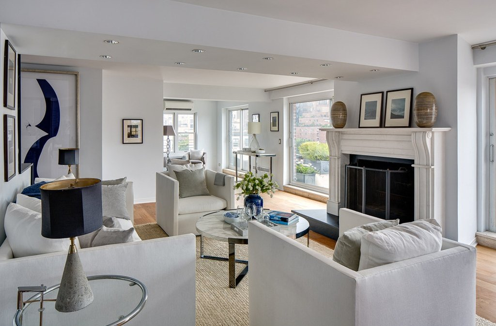 I like the fireplace in Julia Roberts Greenwich Village home that is on the market - sale is pending