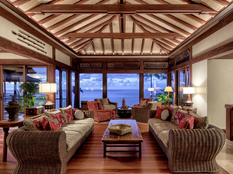 Inside Hawaii's 70 million dollar beach house