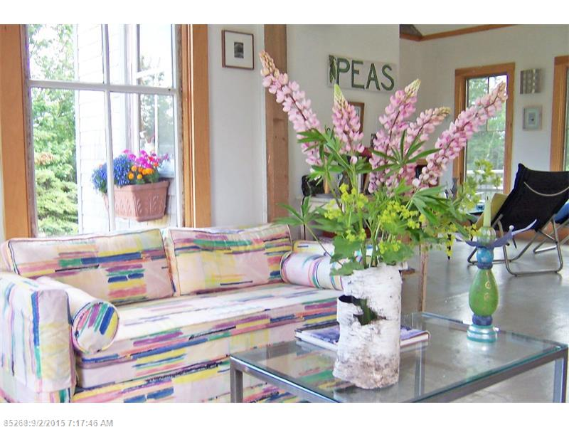 Inside Heron Cottage, a shingled cottage for sale at 44 Cove Meadow Rd Stonington ME