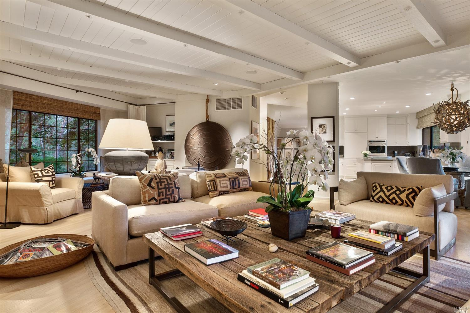 Inside Robert Redford's house for sale in St. Helene reveals an open and airy cozy living area