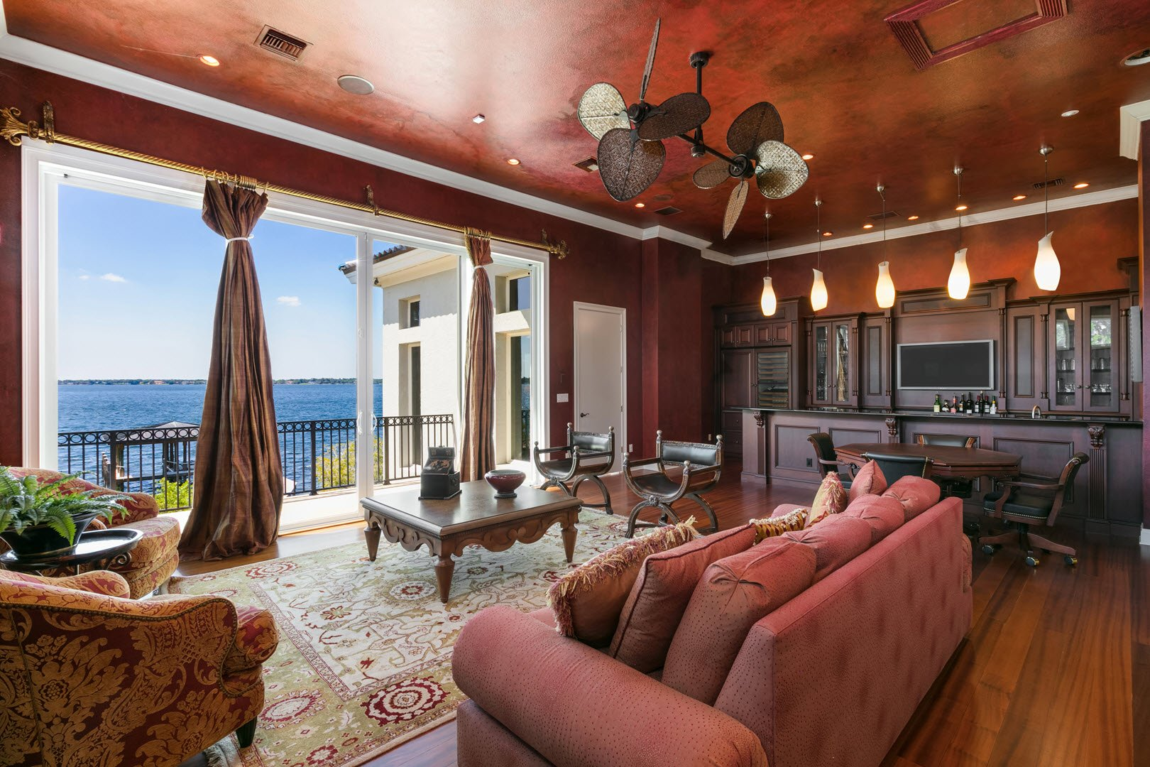 Inside Shaquille ONeal Gradious Mansion in Florida For Sale - Waterfront views