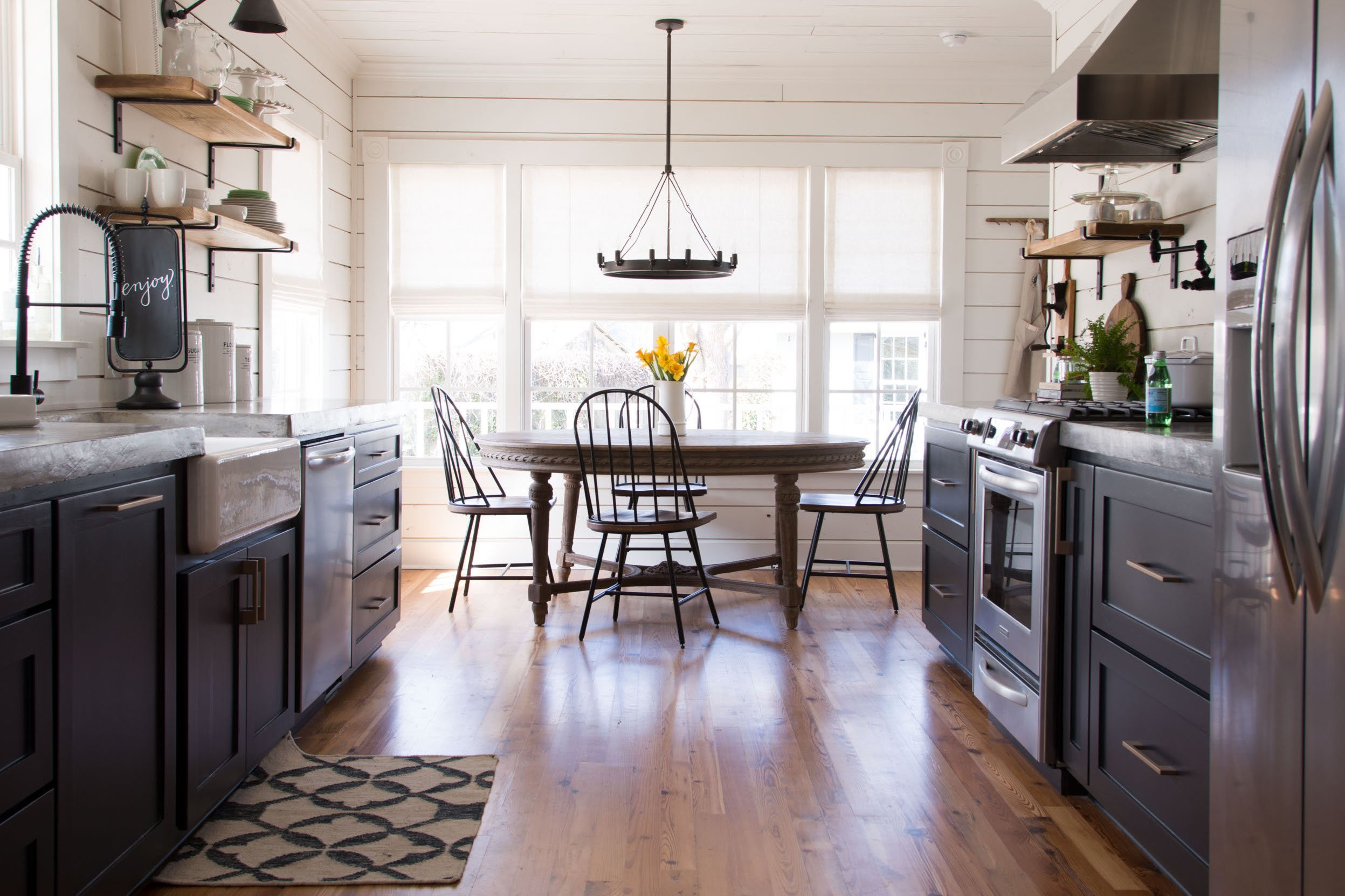 Inside beautiful Fixer Upper Magnolia House - Kitchen