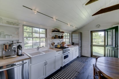 Julianne Moore Listing her Adorable Montauk Tiny Houst that has this cute kitchen