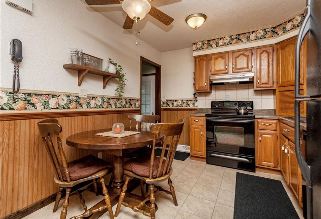 Kitchen - Charming Yellow house in Iowa sold in one day