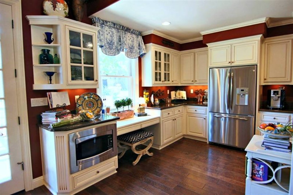 Kitchen - Sacramento, CA home recently sold. Beautiful grounds, patio, pool. Inside is stunning.