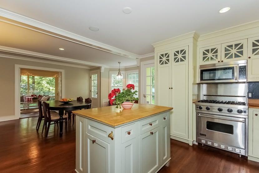 Kitchen in Cape Cod in Weston CT for sale