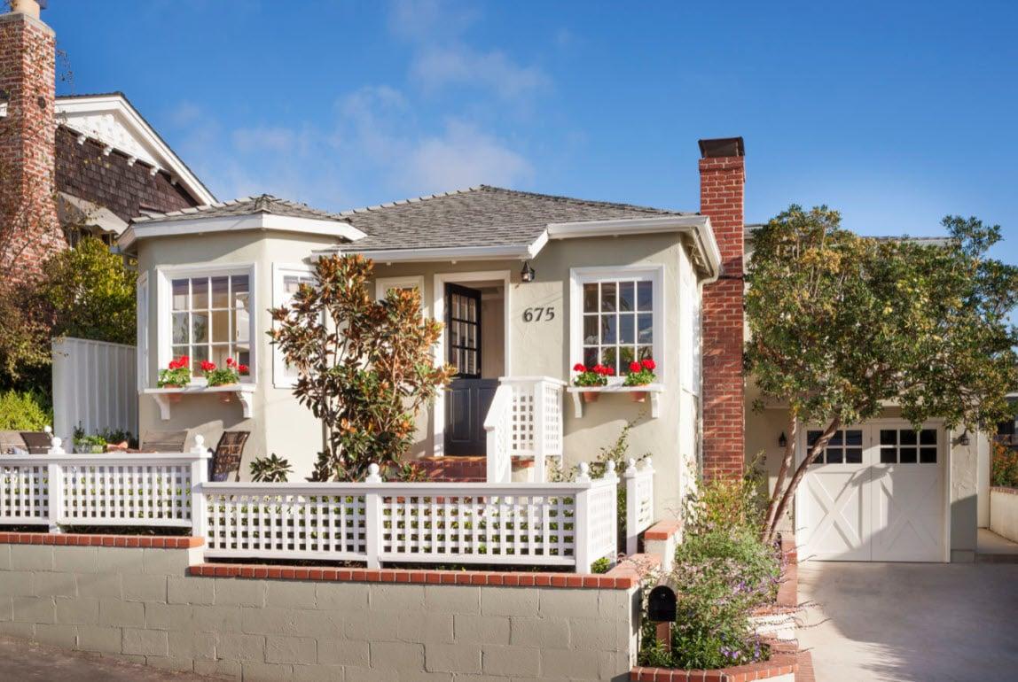Laguna Beach cottage restored by Collins Design & Development photo by Grey Crawford