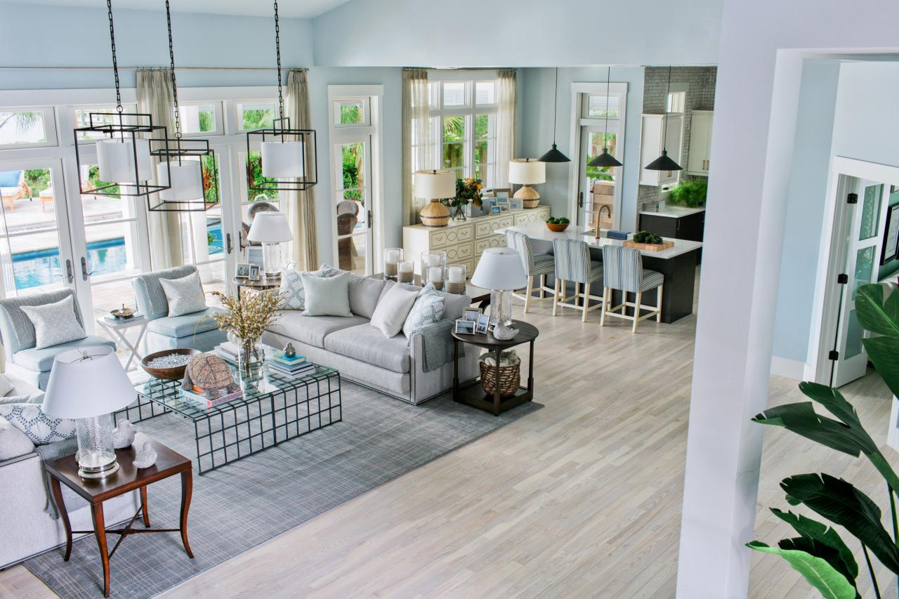 Lively Coastal Beach House Is Hgtv Dream Home 2016