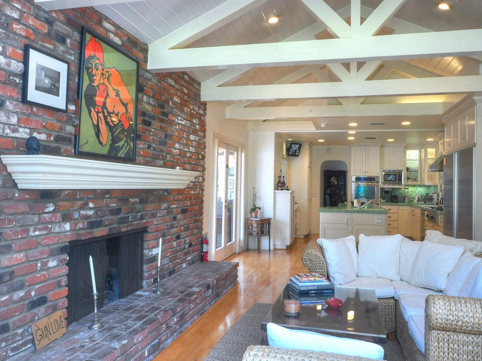Living area in Malbu CA house for sale - Sean Penn House