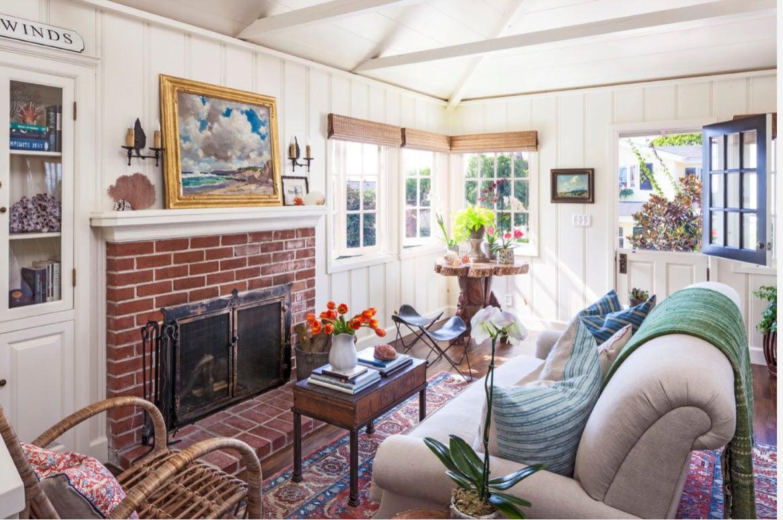 Laguna Beach Cottage remodel - living room - Houzz