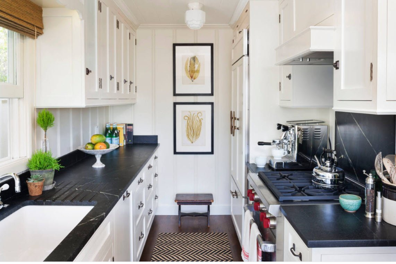 Amazing remodeled cottage kitchen