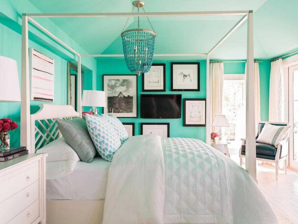 HGTV does say the master bedroom is the boldest colored room calling