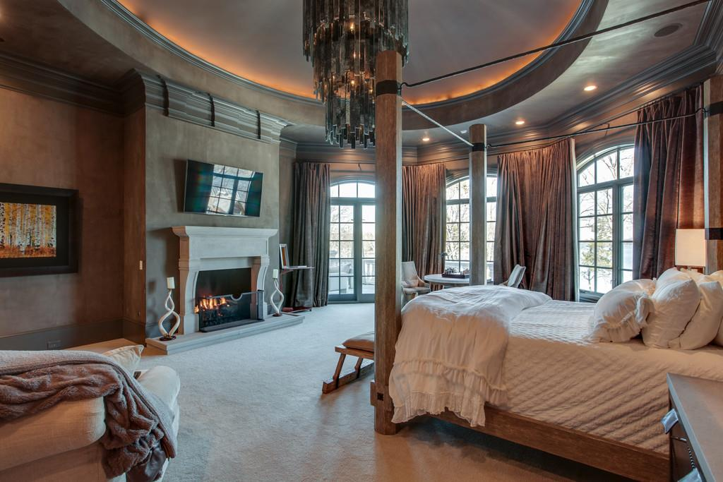 Master Bedroom in Kelly Clarkson's Tennessee house