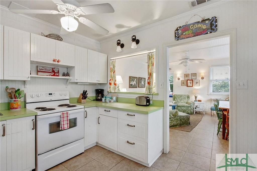Kitchen in Castaway Cottage on Tybee Island for sale