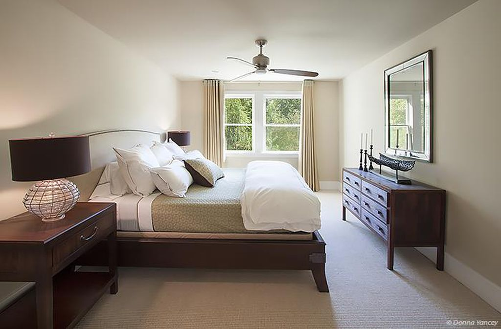 Nicole Kidman and Keith Urban Farmhouse for sale Franklin TN Bedroom.