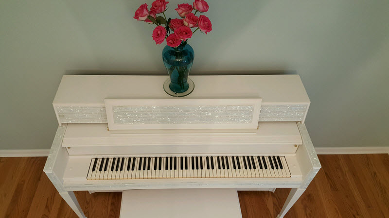Our glitz and glam piano transformation that even Liberace would love with Fusion Mineral Paint - Housekaboodle