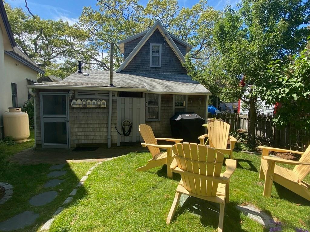Martha Vineyard Cottage for sale -19 Butler Ave Oak Bluff, MA